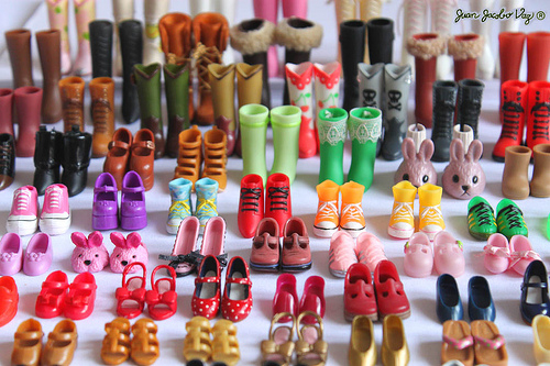 Artist of rainbow colors shoes
