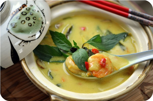 Lemongrass Shrimp & Coconut Soup