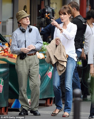 "Photos Carla Bruni sur le tournage de ""Midnight in Paris"" (Woody Allen)"