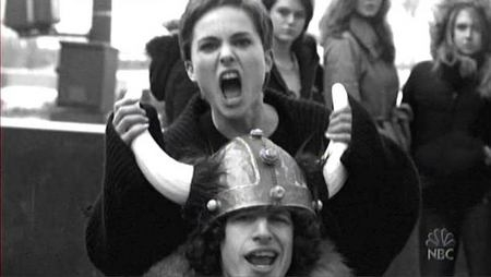 Andy Samberg - casque viking
