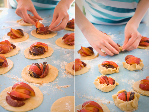 Crumpets and Cakes: spiced plum mini-galettes