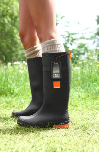 Orange Power Wellies par GotWind - Nouveau moyen de charger son téléphone !
