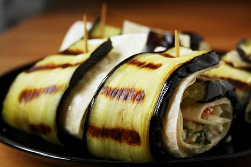 Grilled Eggplant & Minty Feta Roll-Ups  #cuisine #recette #food