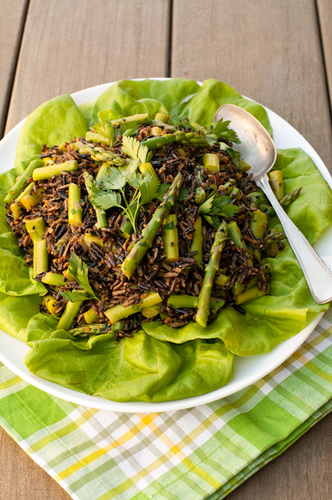 Wild Rice and Asparagus Salad  #recette #food #cuisine