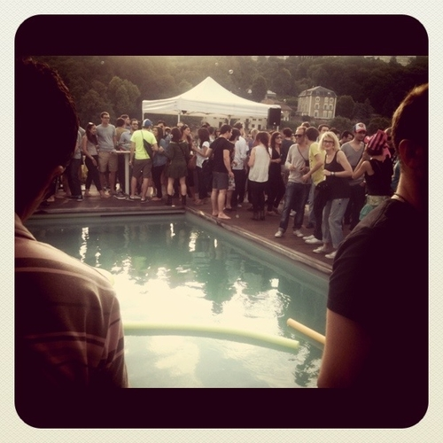 Rooftop pool party #nuitssonores2011
