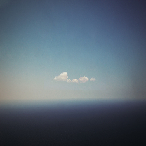 Lonely Cloud, photographie de Dimitri Bogachuk