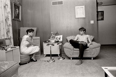 Rare Photographs of Celebrities : Elvis Presley with his high school girlfriend Barbara Hearn