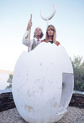 Rare Photographs of Celebrities : Salvador Dali and Françoise Hardy