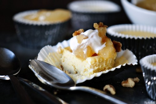 Mini Apple Cheesecakes #food #recettes #recipes #cuisine
