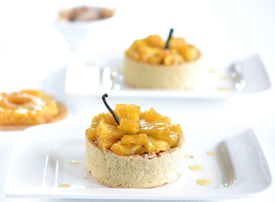 Candied Ginger – Milk Chocolate – Roasted Pineapple Tartlets #food #recettes #recipes #cuisine