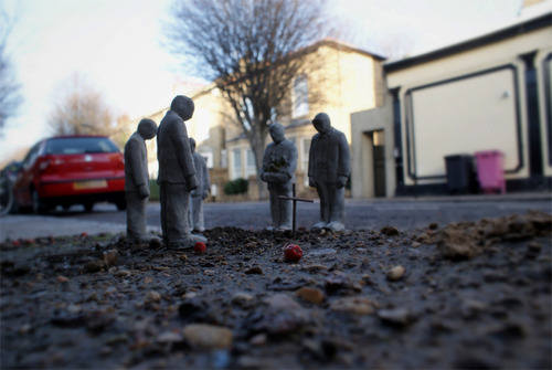 Isaac Cordal, Cement Eclipses, London