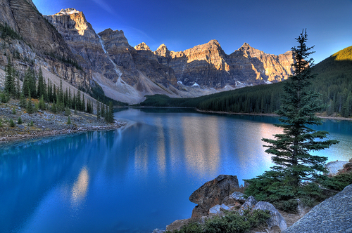 Valley of 10 peaks- Canada