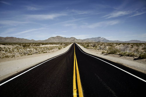Photos That Will Blow You Away : Desert Road