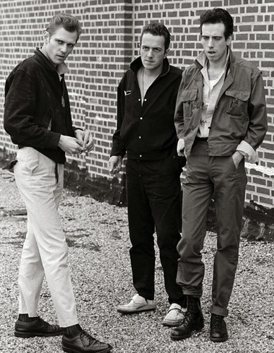 The Clash : paul simonon, joe strummer and mick jones