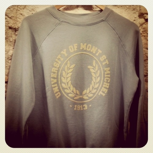 Sweat mont saint Michel