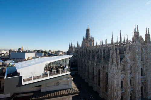 The CUBE restaurant - Dining with a view in milano duomo square