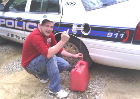 Facebook Photo Sinks Man Who Stole Police Gas