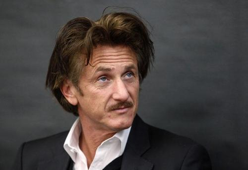 Sean Penn moustache or not ?