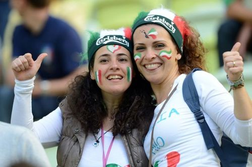 Les filles #supportrices pendant l'euro 2012 : #Italie