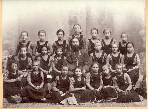 Gymnasium Girls At the Turn of the Century - English Russia