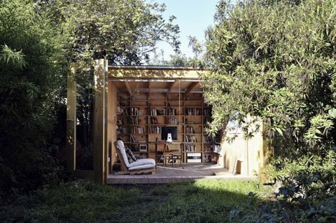 Whimsical-Shed-Work-Space-by-Office-Sian-Architecture-1.jpg 800×531 pixels