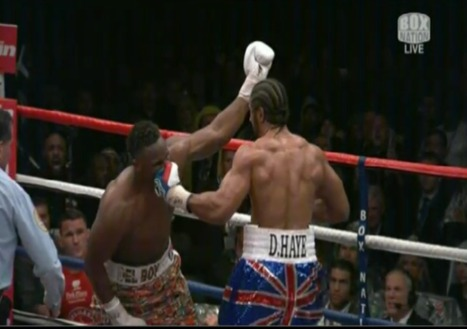David Haye defeats Dereck Chisora