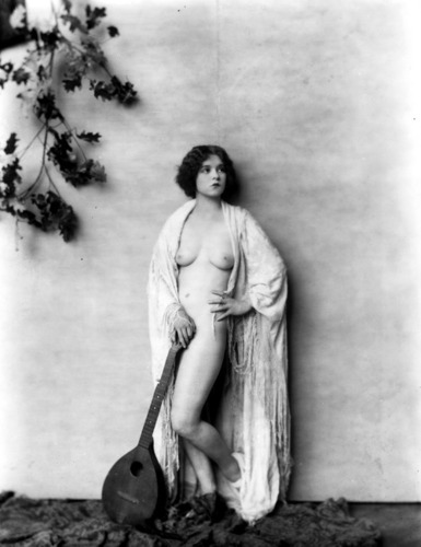 Clara Bow by Alfred Cheney Johnston