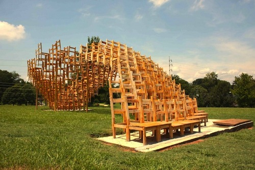 400 Wooden Chairs Form Tremendous Undulating Wave