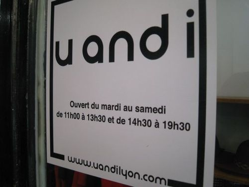 u and i, lyon, horaires