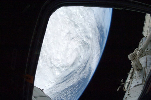 #sandy : photo By Sunita Williams @Astro_Suni ISS Commander Expedition 33