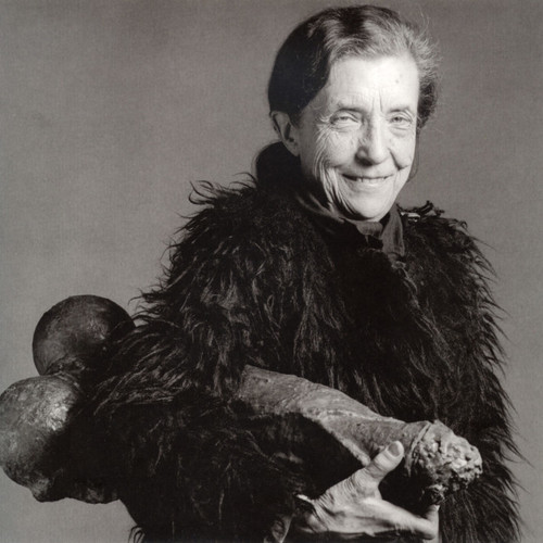 Louise Bourgeois in 1982 with Fillette (1968). Photo 1982 copyright the Estate of Robert Mapplethorp