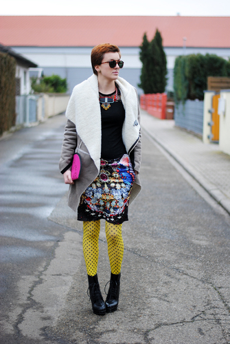 yellow_tights_black_polka #fashion