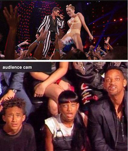 Miley Curus : Best reaction ever by the Smith family...