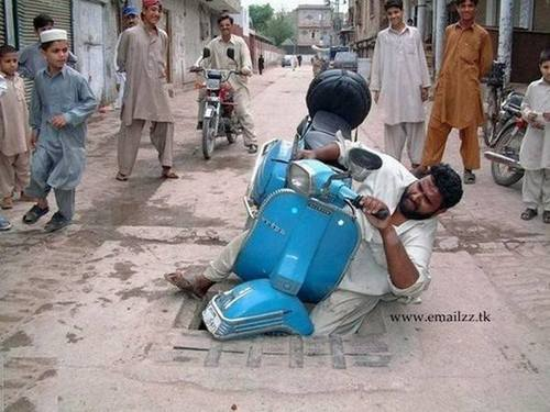 Accident de scooter au pakistan