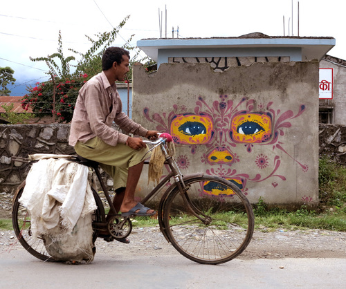 Stinkfish - Nepal - unurth | street art