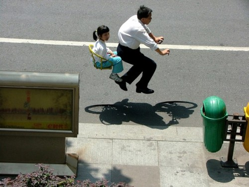 Floating-Invisible-Bicycle-Photos-by-Zhao-Huasen-01-630x474.jpg 630 × 474 pixels
