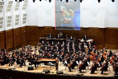 Philharmonique de Novosibirsk avec Jean Luc Ponty et William Lecomte au piano