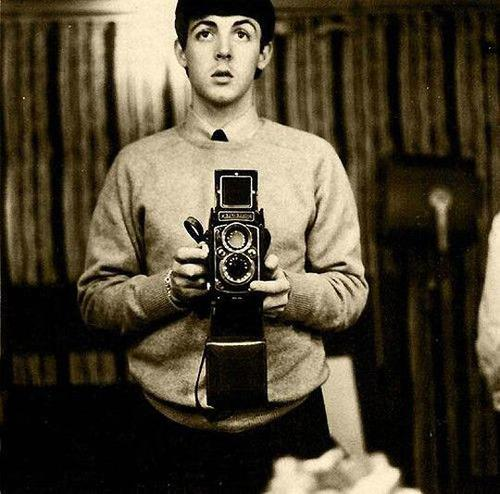A young Paul McCartney's mirror #selfie