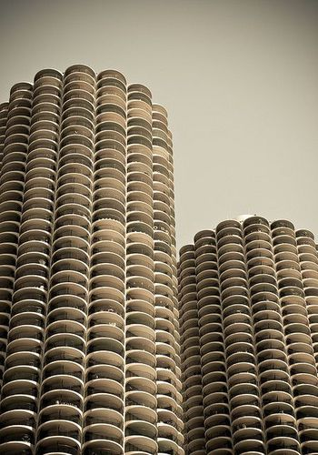 Marina City Towers - Chicago, USA by Bertrand Goldberg (1964)