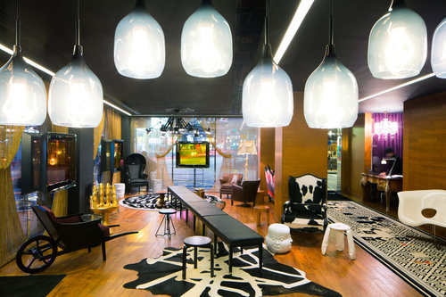 J Plus Hotel: Stylishly Revitalized Interior Design
