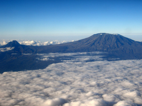39 Truly Spectacular Views Out Airplane Windows : Mount Kilimanjaro