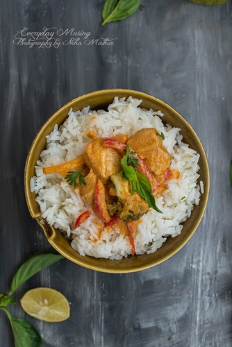 everyday musing: Thai Red Chicken Curry ( Using ingredients from Fo...