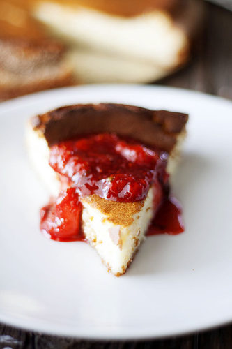 Ricotta Cheesecake with Strawberry Basil Sauce #food #recette