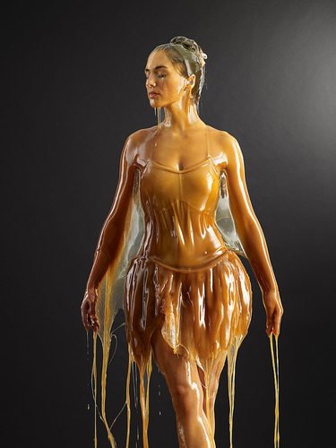 A Sickly-Sweet Photoshoot Featuring Nude Models Covered in Honey | artFido's Blog