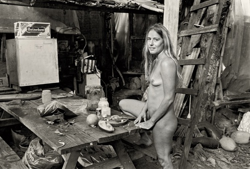 A Look at Life Inside a 1969 Hippie Tree House Village in Hawaii