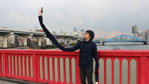 This Selfie Stick Gives You Ridiculously Long Arms