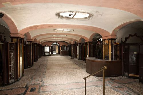 "A Buried ""Daytime Hotel"" rediscovered in all its Art Nouveau Splendour"