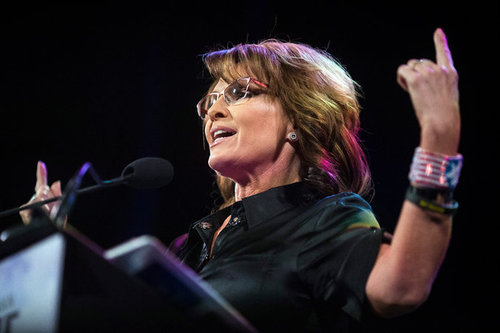 Sarah Palin Endorses Donald Trump, Rallying Conservatives