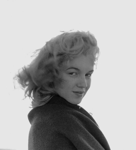 Rare Photos Of Marilyn Monroe When She Was Just 20 Years Old | Bored Panda