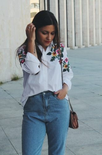 Blog de Moda outfit with embroidered shirt